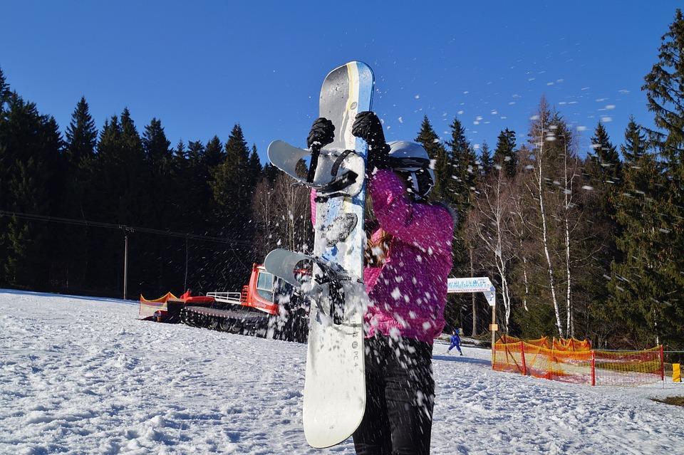 snowballing-674322_960_720