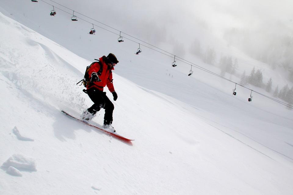 snowboarding-554048_960_720